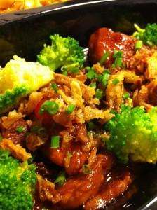 Varkensvlees_in_Soya_Saus_en_Chinese_Noedels